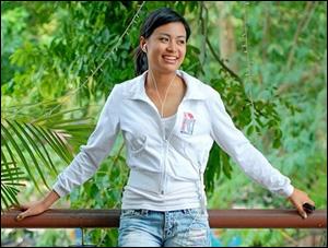 Hoang-Thuy-Linh.jpg